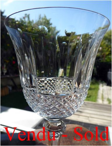 SAINT LOUIS CRYSTAL TOMMY BURGUNDY WINE GLASS 17 cm   stock: 0