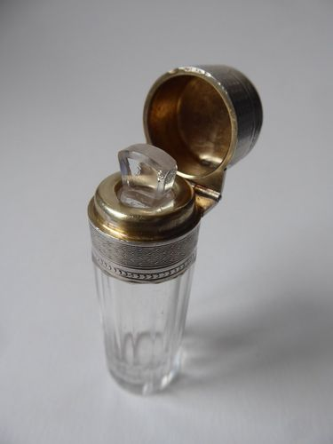 ANTIQUE SILVER AND CRYSTAL SCENT BOTTLE 1880 - 1900