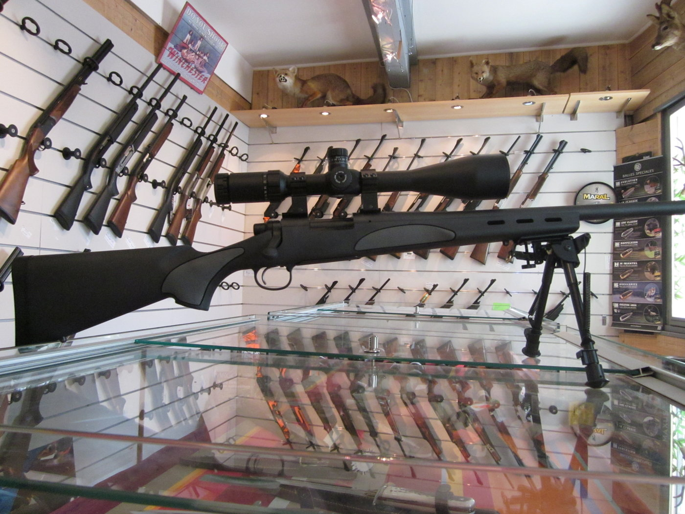 Remington 700 SPS Varmint en pack