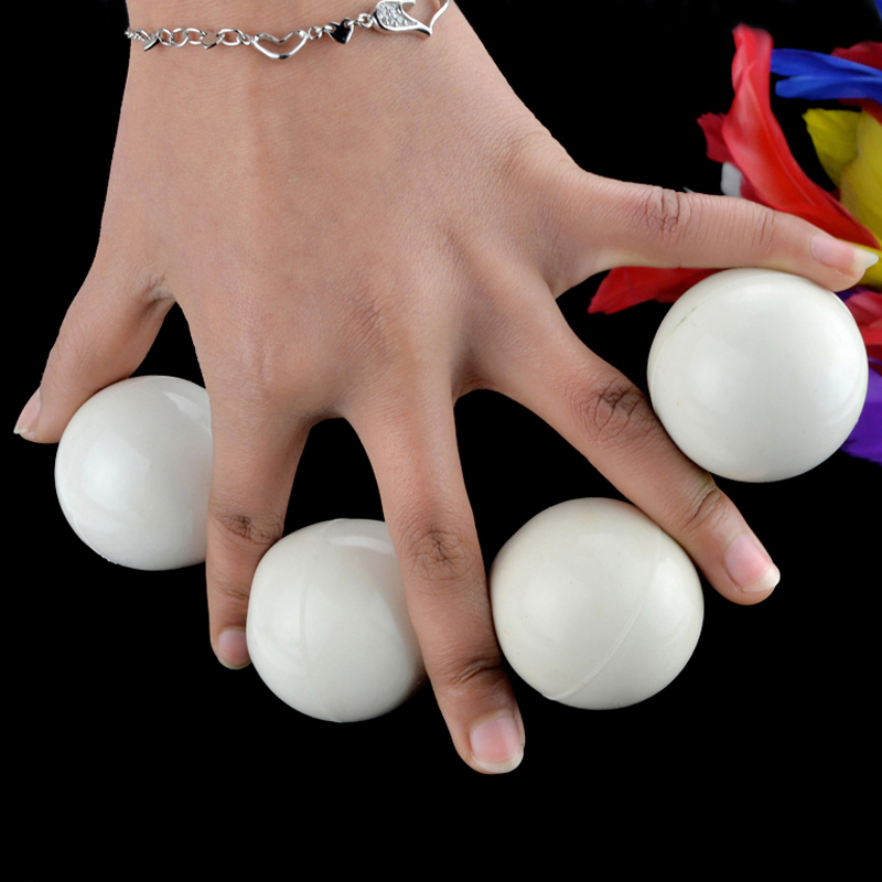 Small Multiplying Balls(White)